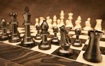 Мир шахматных комбинаций